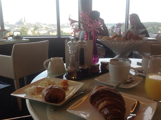 Sofitel Luxembourg Le Grand Ducal: breakfast