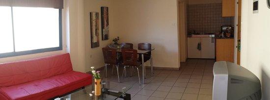 Vrachia Beach Hotel & Suites: Cucina