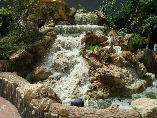Jeevantara Club & Resort: Nice floww