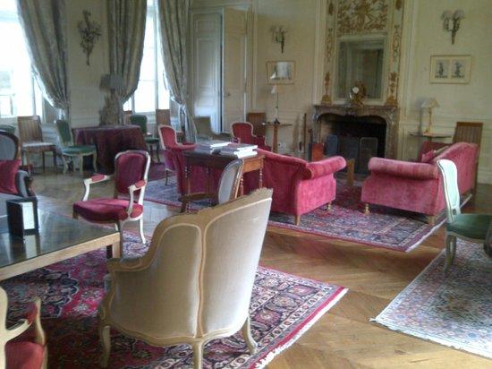 Château d'Etoges : Rear view