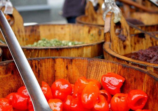 Broadway Market: Tomatoes