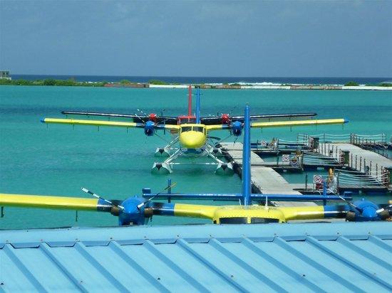 Lily Beach Resort & Spa: Air Taxi Sea Port