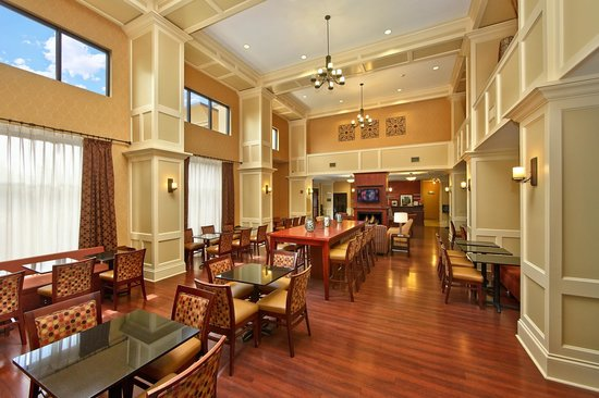 Hampton Inn & Suites Sevierville @ Stadium Drive: Breakfast/Dining Room