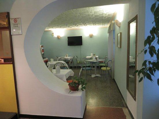 Hotel Assarotti : breakfast room