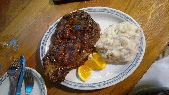 Shiloh Steakhouse: Gran bistecca