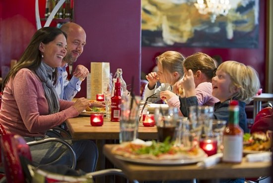 Trondelag, Norvège : Dining in Trondheim. Photo: CH/visitnorway.com