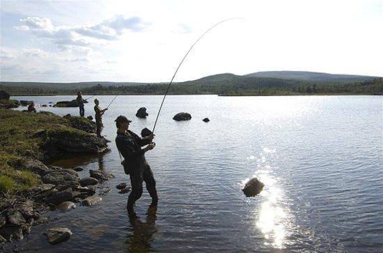 Trondelag, Norvège : Fishing in Trøndelag. Photo: Terje Rakke/Nordic Life/visitnorway.com