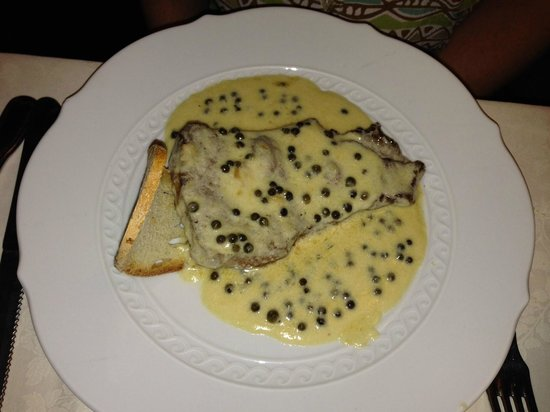 Buca San Giovanni: Steak with green peppercorn sauce