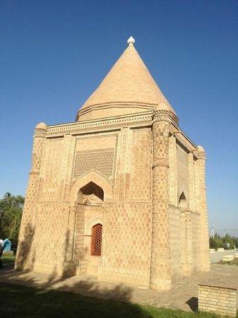 Taraz, คาซัคสถาน: mausoleum