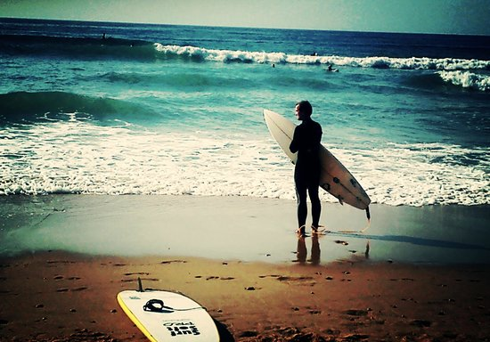 Carcavelos Surf Hostel: surf day