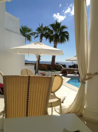 La Residence Mykonos Hotel Suites: Terrace view