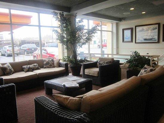 Quality Inn & Suites Riverfront : lobby