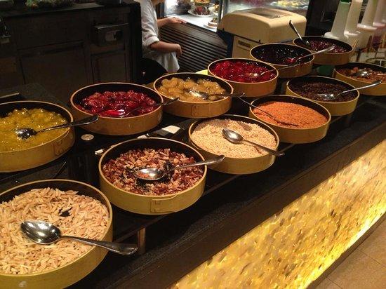 The Spice Market Cafe : spice market