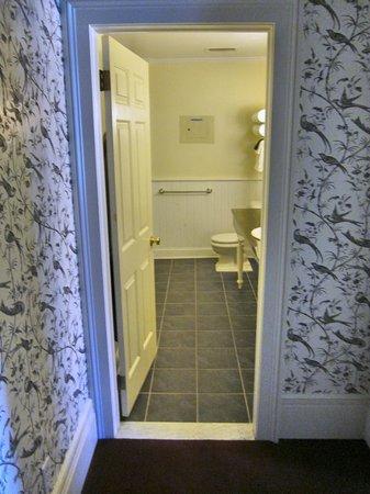 Saratoga Arms : Bathroom