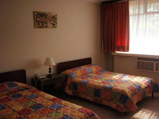 Hotel Anaconda : No superluxuary but comfortable and clean.