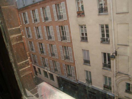 Appart Valley Les Jardins Du Roy: Apart vista pelo museu