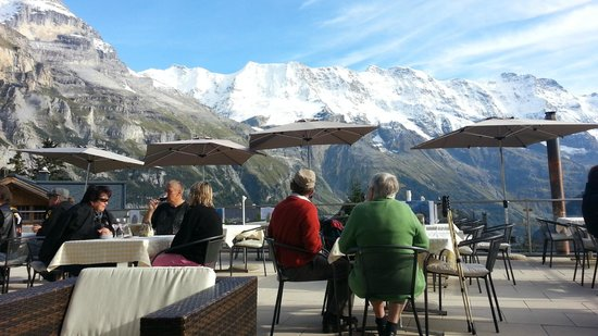 Hotel Bellevue: View from Deck in Afternoon    - Bellevue Hotel Murren