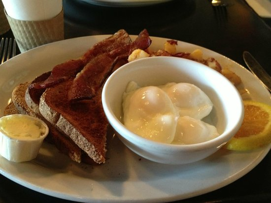Joni's Coffee Roasting Cafe: My simple breakfast!