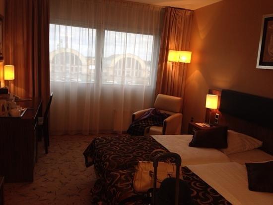 Hotel Avalon: номер