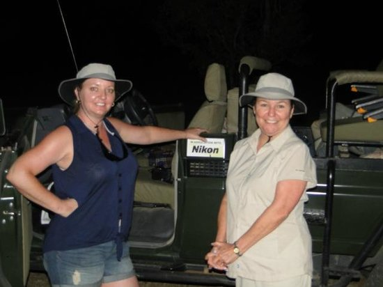 Cheetah Plains: The girls on a Sundowner