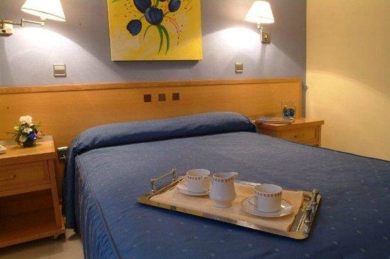 Hotel Complejo Paris: Habitación Queen Estandar