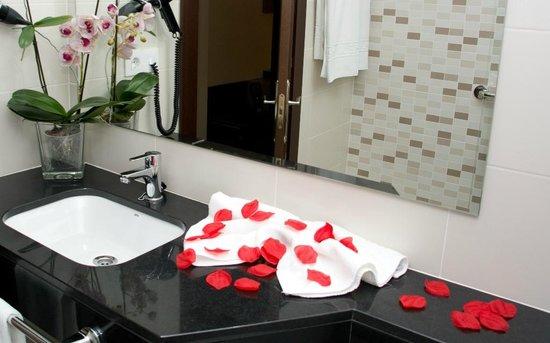 Hotel Complejo Paris: Baño habitación Superior