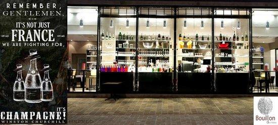 Le Bouillon Des Halles : Night View