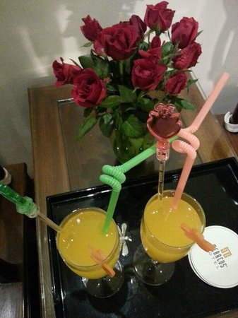 Hanoi Meracus Hotel 2: welcome drink
