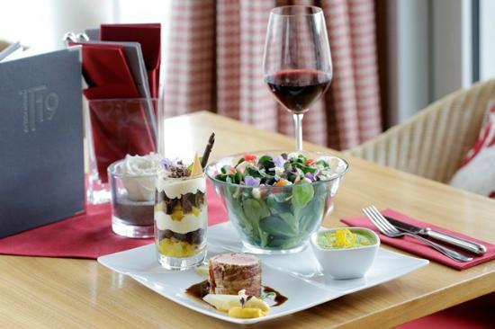 T19 - das kleine Restaurant: Vier Gänge auf einem Teller, der Klassiker im T19