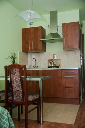 Flower Hostel: Apartment1