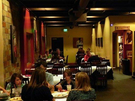 Mambo Italiano: Inside Seating