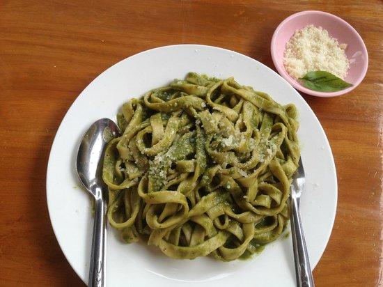 Star Flower: home made pasta