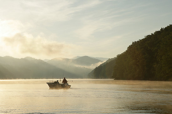 Bryson City, NC: Fishing and Boating on Fontana Lake