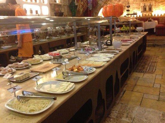Assaha Hotel: Breakfast Open Buffet