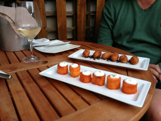 Madrid: Gorgeous patatas bravas.........