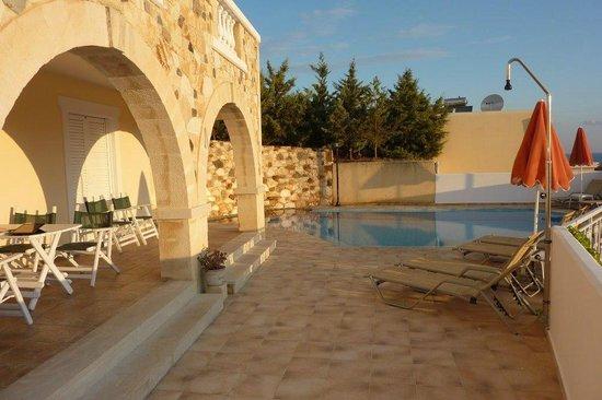 Ilios Village : Upper villa