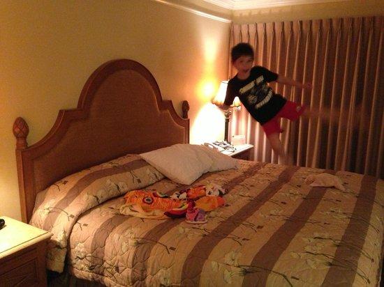 Charter Club Resort of Naples Bay : Master bedroom