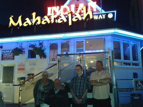 Maharajah Indian Restaurant : Outside