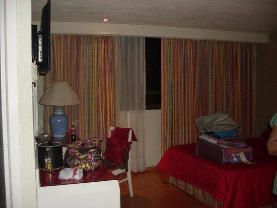Hotel Regente City : ALCOBA EN EL QUINTO PISO