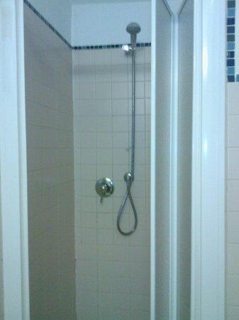 Hotel Urbani: doccia