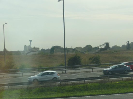 Premier Inn London Heathrow Airport (M4/J4) Hotel: Lovely View of the M4 & Airport