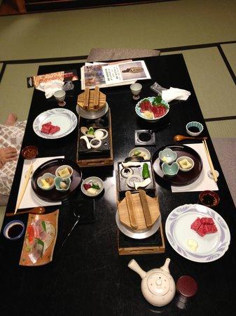 Izumiya Zenbei: 夕食です。