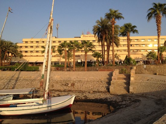 ACHTI Resort Luxor: Hotel from the Nile