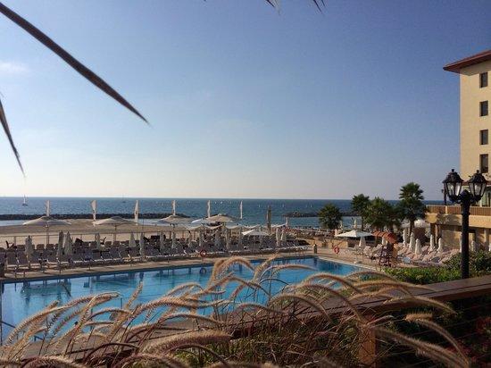Dan Accadia Hotel Herzliya: Herzliya beach