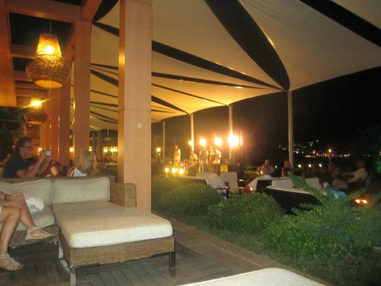 Isil Club Bodrum : Live band in evening