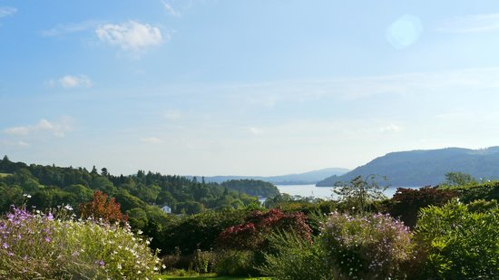 Restaurant at Samling: View from Terrace over Lake Windermere