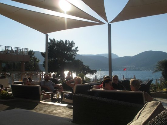 Isil Club Bodrum : Looking out from lobby bar seating area