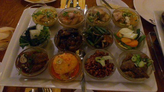 Tujuh Maret : The restaurant speciality - very spicy