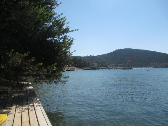 Isil Club Bodrum : View from decking