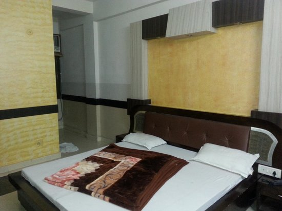 Hotel Suryalok